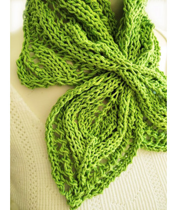 GIEZEN Hand knitted Cowl Shawl shoulder cover Braid ladder